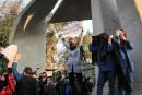 Manifestations à Téhéran ; Trump s'en mêle