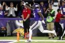 Un jeu spectaculaire en fin de match permet aux Vikings de l'emporter