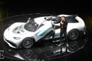 Le pilote de l'écurie F1 Mercedes, présentant une Project One... | 18 janvier 2018