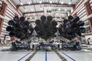 Les 27 moteurs de la fusée Falcon Heavy, encore couchée... | 25 janvier 2018