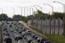 Couillard promet de s'attaquer à la congestion au nord de Montréal