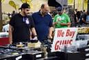À Miami, les amateurs d'armes défendent leurs droits malgré la fusillade