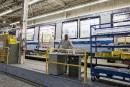 Bombardier: Couillard se dit conscient des délais avant des pertes d'emplois