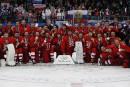 Les athlètes olympiques de Russie remportent l'or au hockey masculin