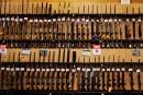 Dick's Sporting Goods cessera la vente de fusils d'assaut