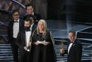 Lee Unkrich et Darla K. Anderson ont accepté l'Oscar du... | 4 mars 2018