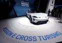 Le Porsche Mission E Cross Turismo.... | 13 mars 2018