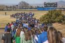 «Plus jamais ça» : le cri des élèves américains contre les armes