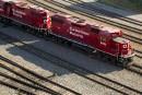 Les profits du CP diminuent alors que le transporteur a reçu un préavis de grève