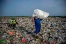 Le monde malade de sa consommation de plastique, dit l'ONU