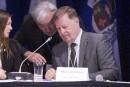 Crise à Laval: le maire boycotte le conseil