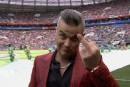 Mondial: Robbie Williams fait un doigt d'honneur