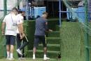 Neymar quitte l'entraînement en boitant