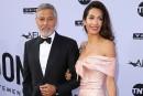 Les Clooney donnent 100000$ pour les enfants séparés