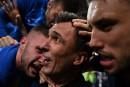 Un photographe enseveli sous la célébration des Croates
