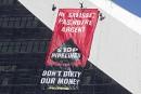 Trans Mountain: coup d'éclat de Greenpeace au stade olympique