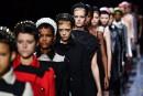 Mode à Milan: amazones, fêlures etrock