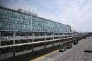 Aéroport Montréal-Trudeau: une douanière arrêtée pour corruption