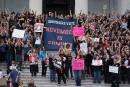 Manifestation devant le Congrès américain contre Kavanaugh