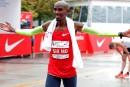Mo Farah remporte son premier marathon à Chicago