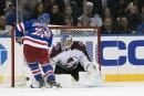 Shattenkirk offre la victoire aux Rangers