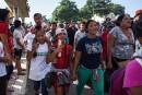 Environ 3000 Honduriens poursuivent leur marche vers les États-Unis