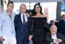 Michael Douglas inaugure son étoile àHollywood