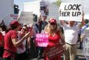 Élections serrées en Floride: un juge lance un appel au calme