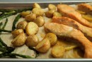 Saumon au citron et à l'érable, avec asperges et pommes de terre grelots