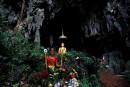 Thaïlande: une grotte qui attire les touristes
