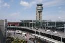 Sous-traitance: 93 employés d'Aéroports de Montréal menacés