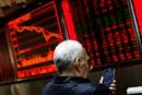 Les Bourses chinoises plombées par des données économiques