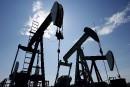 Des autochtones défendent l'industrie pétrolière