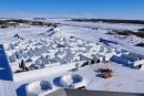 Au Manitoba, le plus grand labyrinthe de neige du monde attire les touristes