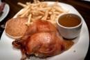 L'indétrônable poulet du St-Hubert