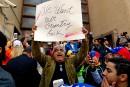 Des militants délogés de l'ambassade du Venezuela à Washington