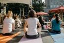La rubrique... qui fait du bien : yoga matinal aux Jardins Gamelin