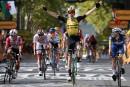 Tour de France: Wout van Aert enlève la 10e étape