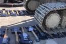 Des centaines de guitares Gibson écrasées par un bulldozer