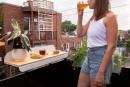 Un bar à balcon pour les étés enville