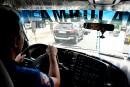 Embouteillages à Manille: les ambulanciers peinent à sauver les patients