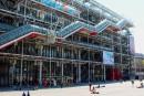 Un tableau de Daniel Buren dégradé au Centre Pompidou