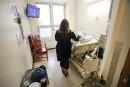 Hôpital général de Montréal: une chambre sale pourunpatient immunosupprimé