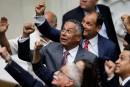 Venezuela: les députés chavistes de retour au Parlement