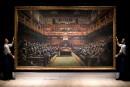 Le Parlement des singes de Banksy adjugé 9,9 millions de livres