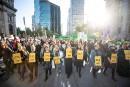 Arrestations après un coup d'éclat d'écologistes à Montréal