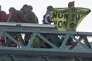 Manif sur le pont Jacques-Cartier: charge à fond de train de la CAQ contre QS