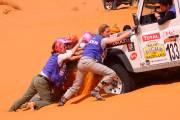 Rallye Aïcha des Gazelles: les reines du désert