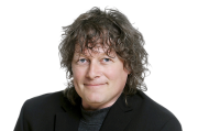 Jean-Simon Gagné | «Allô, Québec? Ici Dieu...»