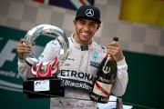 Les rumeurs d'un passage de Hamilton chez Ferrari intriguent